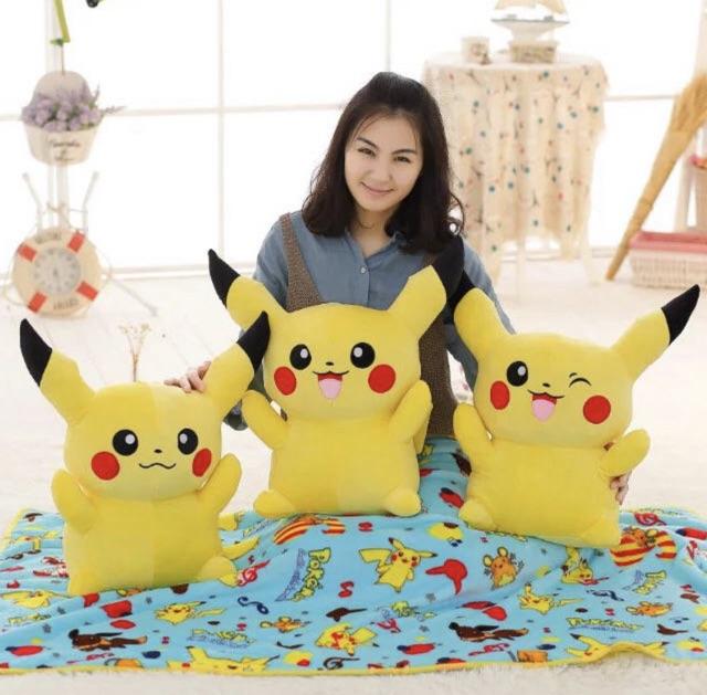 Gấu bông Pikachu 60 cm xinh yêu kèm mền