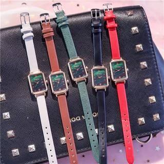 Đồng hồ nữ Ulzzang U012 chính hãng, dây da mềm đeo êm tay