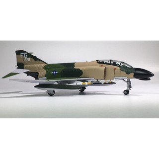 Mô hình máy bay F-4C USAF 1967s Amer tỉ lệ 1:100