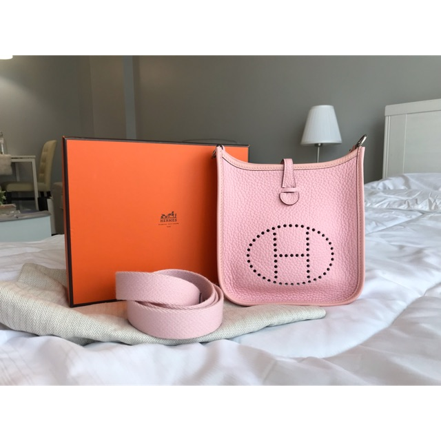 Used In good condition Hermes evelyne mini stamp T