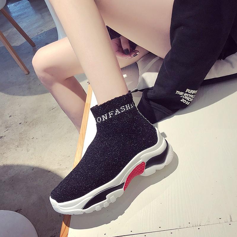 Giày thể thao phong cách Hàn Quốc trẻ trung dành cho nữ - 15455174 , 2282004010 , 322_2282004010 , 381480 , Giay-the-thao-phong-cach-Han-Quoc-tre-trung-danh-cho-nu-322_2282004010 , shopee.vn , Giày thể thao phong cách Hàn Quốc trẻ trung dành cho nữ