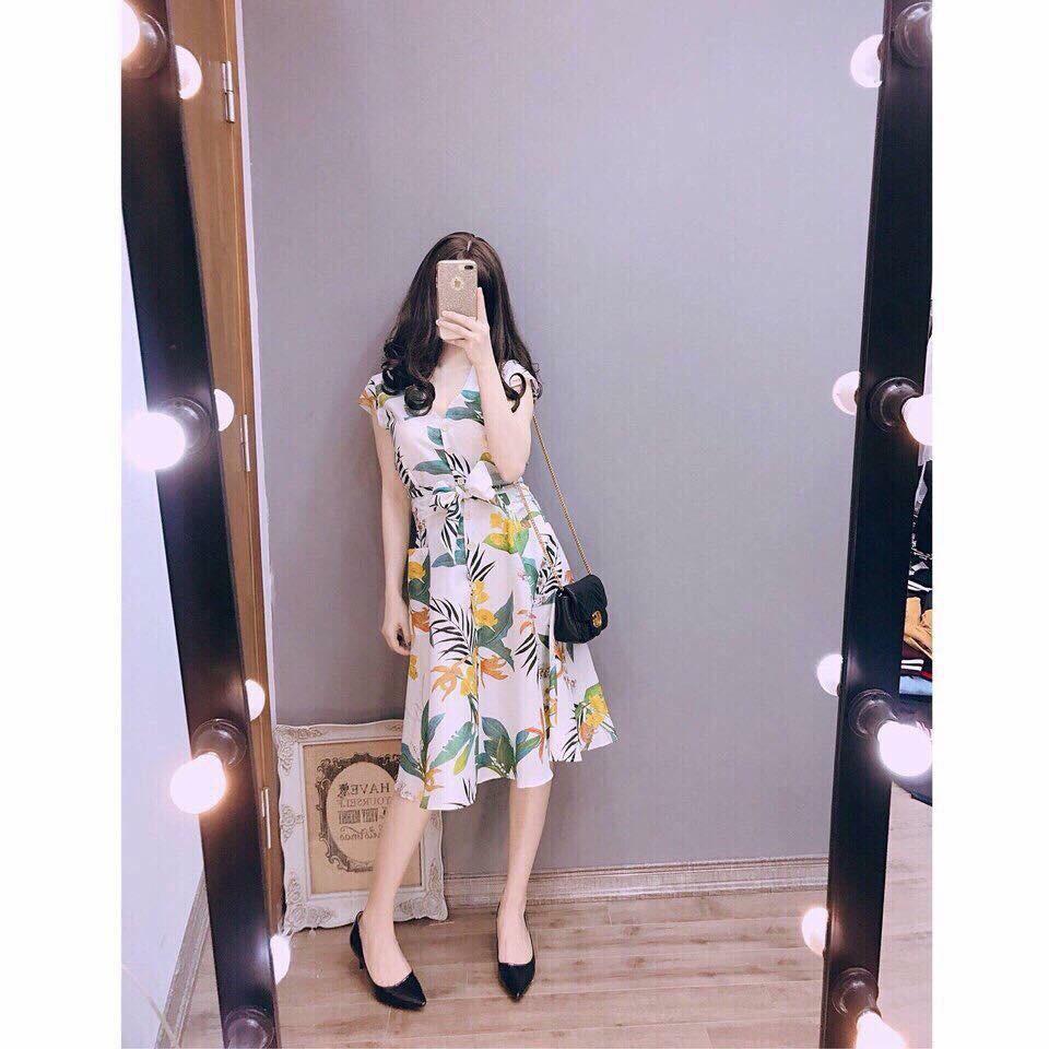 Váy hoa cổ tim