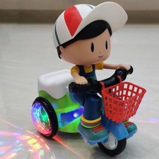 Sỉ đồ chơi cậu bé đạp xe quay 360 độ cho các bé