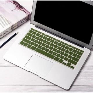 [Mã ELFLASH3 hoàn 10K xu đơn 20K] Miếng Lót Phủ Bàn Phím Macbook Màu Xanh Rêu (Bản US) thumbnail