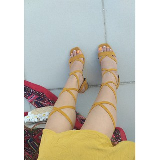 Giày cao gót chiến binh cột dây
