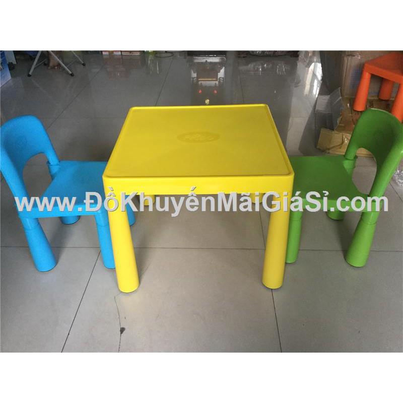 Bộ 1 bàn + 1 ghế sắc màu Friso bằng nhựa cho bé. - 3343925 , 603132653 , 322_603132653 , 120000 , Bo-1-ban-1-ghe-sac-mau-Friso-bang-nhua-cho-be.-322_603132653 , shopee.vn , Bộ 1 bàn + 1 ghế sắc màu Friso bằng nhựa cho bé.