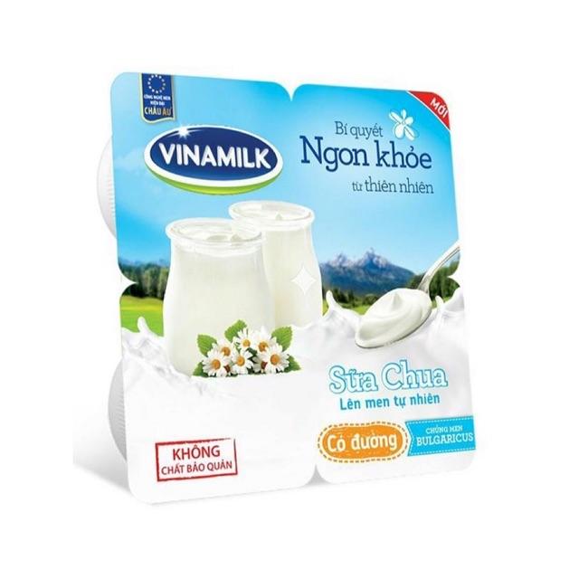 Sữa Chua Ăn Vinamilk Có Đường - Vỉ 4 hộp x 100g