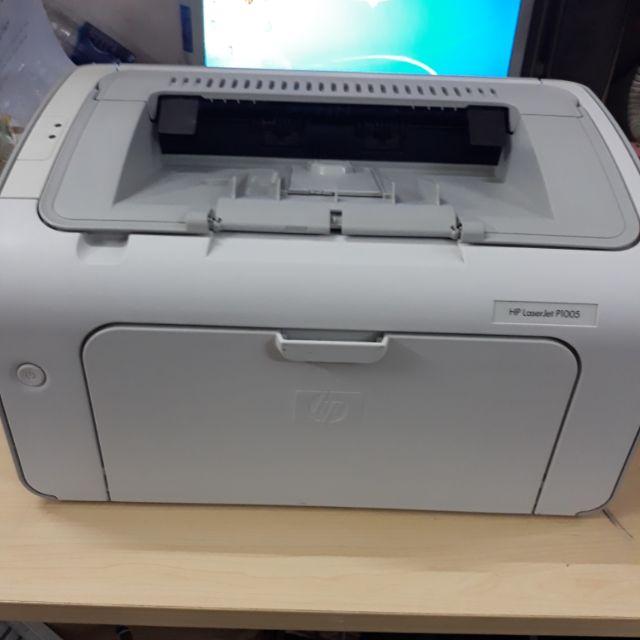 Máy in hp laserjet 1005. Máy hình thức nhỏ gọn hình thức còn mới. Phù hợp in gia đình và cá nhân.