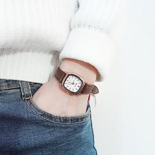 Đồng hồ thời trang nữ Rate mặt chữ nhật cực đẹp, dây da mềm đeo êm tay