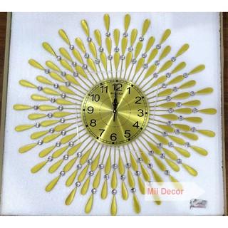 Đồng Hồ Treo Tường Hình Mặt Trời màu Vàng - Đồng hồ con công - DH8101-V -KT: 75x75cm