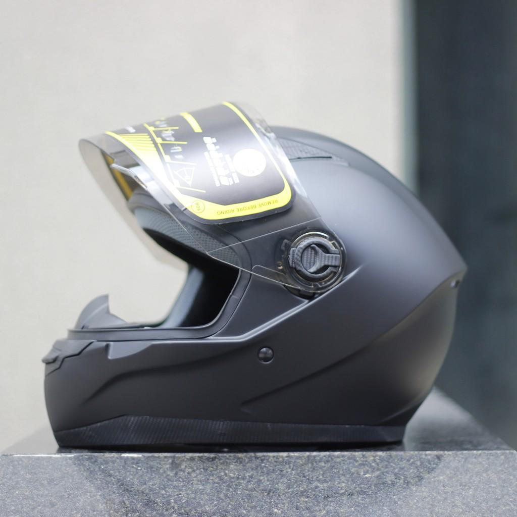 Nón bảo hiểm fullface ROYAL M136 đen nhám