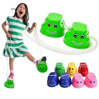 ♞1Pair Plastic Balance Coordination Game Toy Jumping Feet Stilts for Children