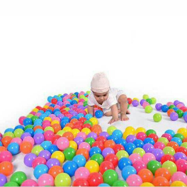 Nhà Bóng tặng kèm 100 bóng nhựa đủ màu cho bé