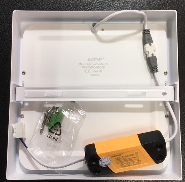 MPE đèn led panel ốp trần vuông 18w đạt chuẩn Châu Âu