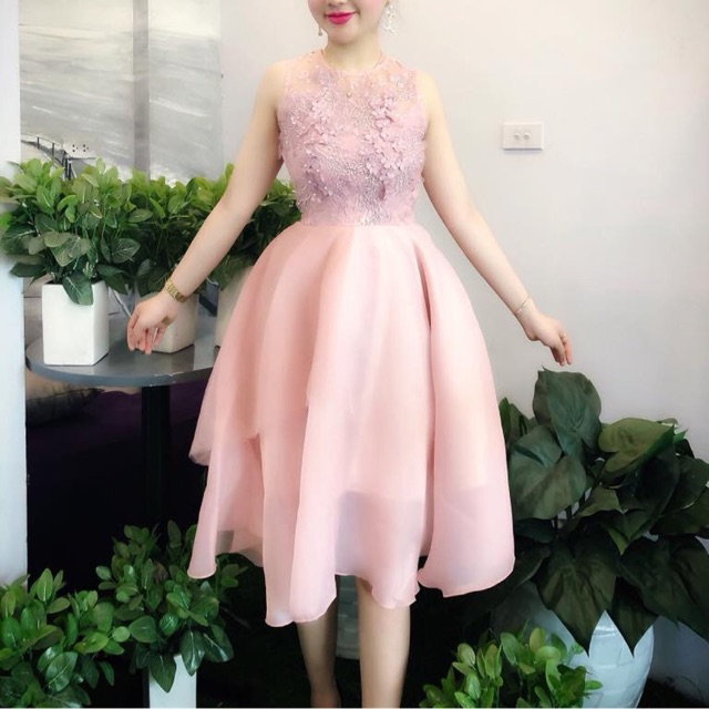 Váy xoè hồng cao cấp