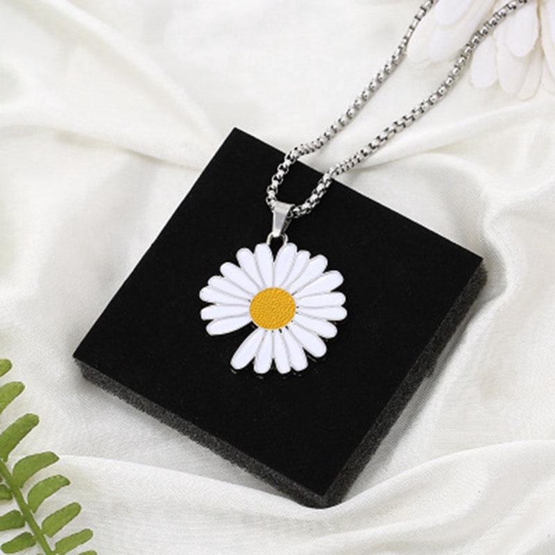 Dây chuyền mặt hình hoa cúc phong cách GD Hàn Quốc thời trang cho nam nữ