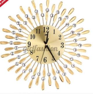 Đồng hồ treo tường phong cách Vintage sang trọng