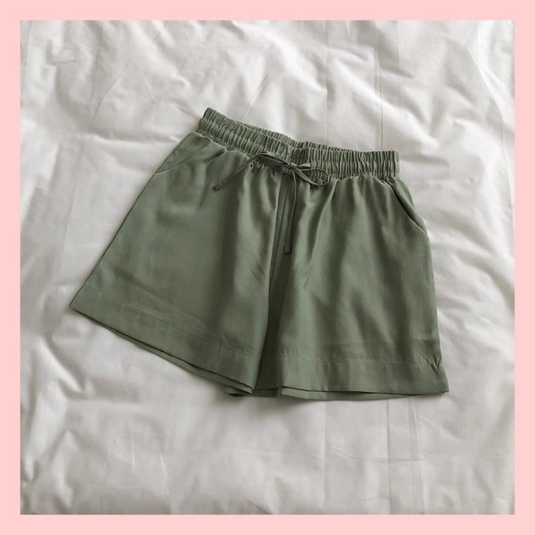 Quần đùi nữ, quần short nữ chất lụa Thái mềm mại, thoáng mát 4 màu duyên dáng, trẻ trung
