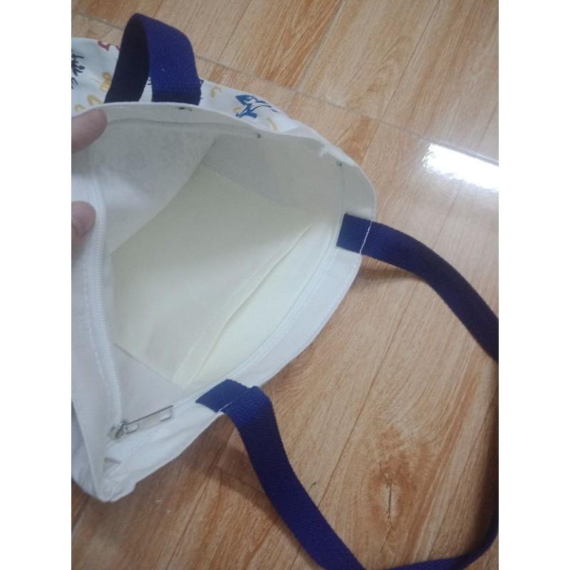 Túi vải đeo vai in hình chuột Mikey( có khóa kéo)