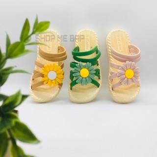 (Sz31 - 39) Sandal hoa cúc giả cói siêu mềm dẻo cho mẹ và bé(hình thật shop chụp)