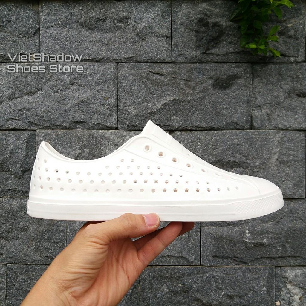 Giày nhựa đi mưa, đi biển - Chất liệu nhựa xốp siêu nhẹ, không thấm nước - Màu trắng full