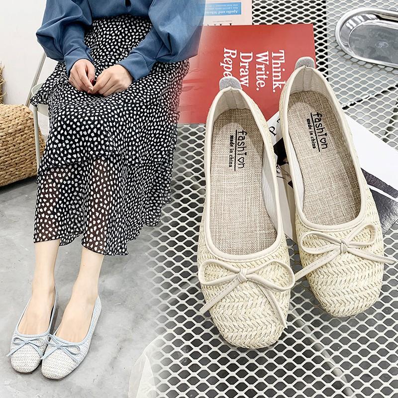 Giày lười phối lông xù phong cách trẻ trung thanh lịch dành cho nữ - 14349426 , 2670781000 , 322_2670781000 , 251100 , Giay-luoi-phoi-long-xu-phong-cach-tre-trung-thanh-lich-danh-cho-nu-322_2670781000 , shopee.vn , Giày lười phối lông xù phong cách trẻ trung thanh lịch dành cho nữ