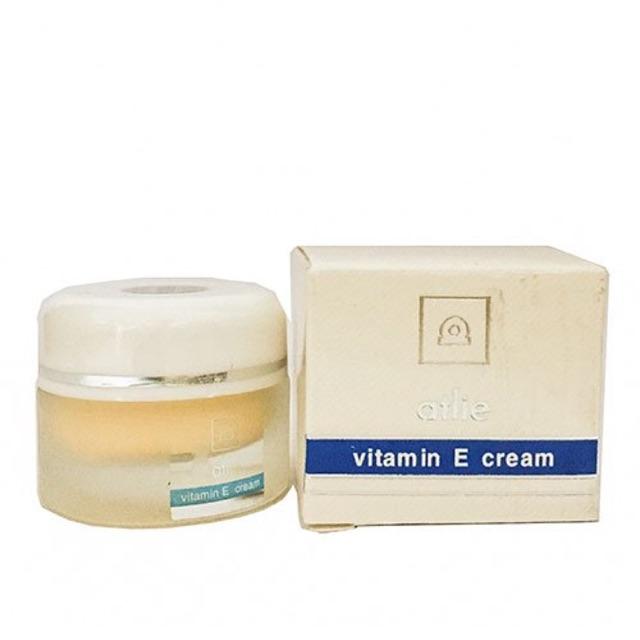 Kem Atlie vitamin E trắng da ( hàng Đài Loan ) - 3404662 , 1149893317 , 322_1149893317 , 170000 , Kem-Atlie-vitamin-E-trang-da-hang-Dai-Loan--322_1149893317 , shopee.vn , Kem Atlie vitamin E trắng da ( hàng Đài Loan )