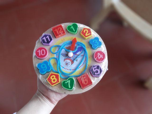 Đồng hồ hình khối học kèm xâu chuỗi