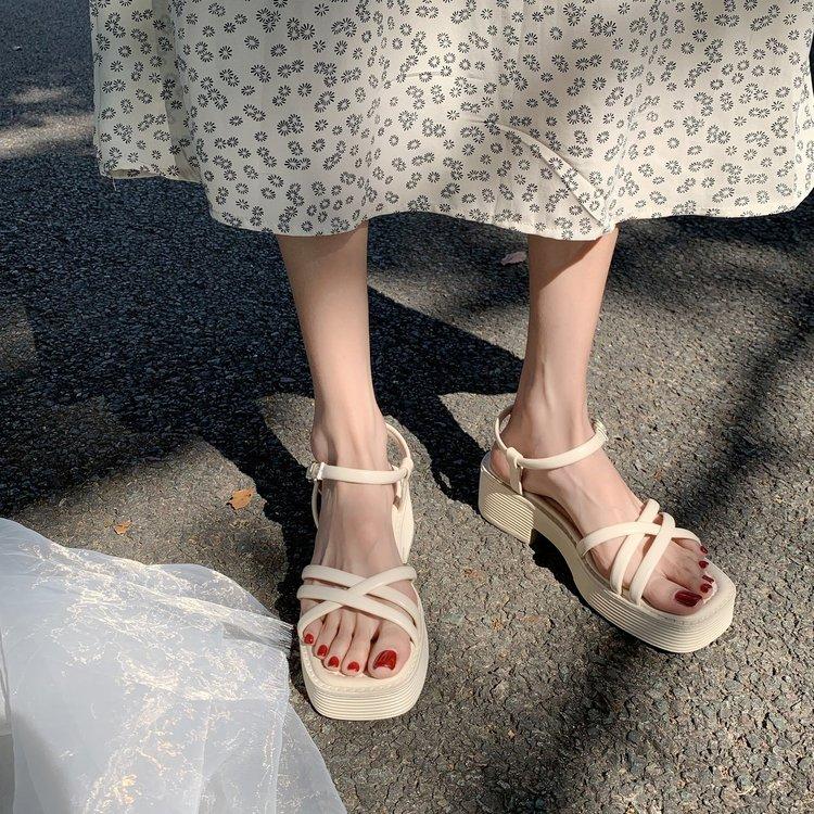 Giày Sandal Mũi Vuông Quai Chéo Thời Trang Dành Cho Bạn Nữ