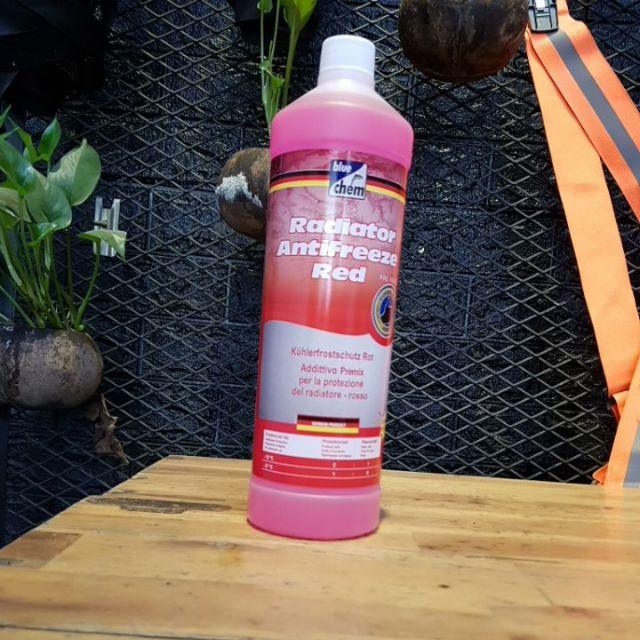 Nước làm mát Bluechem 1L, nước giải nhiệt động cơ xe máy và xe oto Bluechem công nghệ Đức hàng pha sẵn giải nhiệt tốt