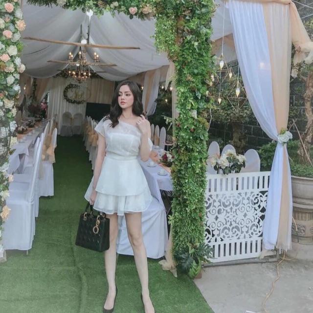 Set chân váy ren x áo lệch vai trắng kèm tag