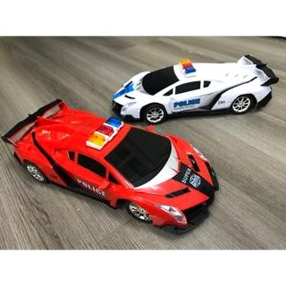 Xe ô tô cảnh sát điều khiển từ xa