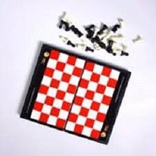 Đồ chơi cờ vua nam châm