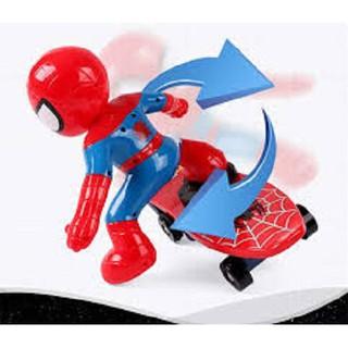 Đồ chơi người nhện lướt ván