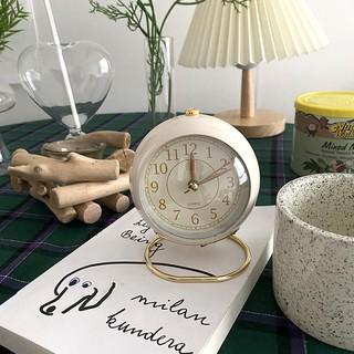 Đồng hồ báo thức màu sắc vintage, khung kim loại sang trọng Decor Home