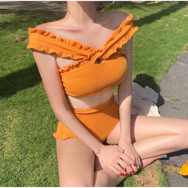 Bikini 2 mảnh cạp cao vàng rực rỡ - 2571789 , 1328722864 , 322_1328722864 , 230000 , Bikini-2-manh-cap-cao-vang-ruc-ro-322_1328722864 , shopee.vn , Bikini 2 mảnh cạp cao vàng rực rỡ