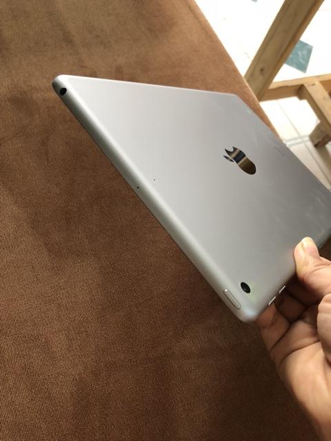 Ipad gen 6 2018 sử dụng wifi 32Gb, màu xám