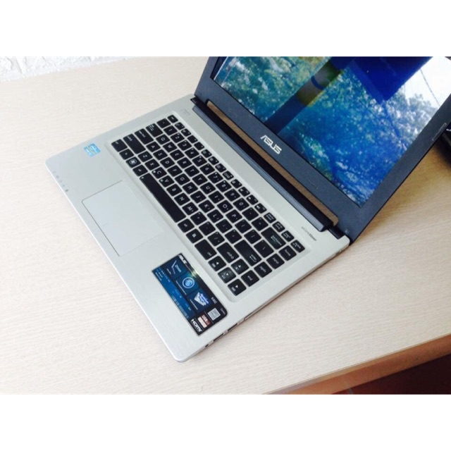 Laptop Asus K46 i5 mỏng nhẹ vỏ nhôm thời trang văn phòng