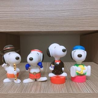 Bộ 4 mô hình chó snoopy kute