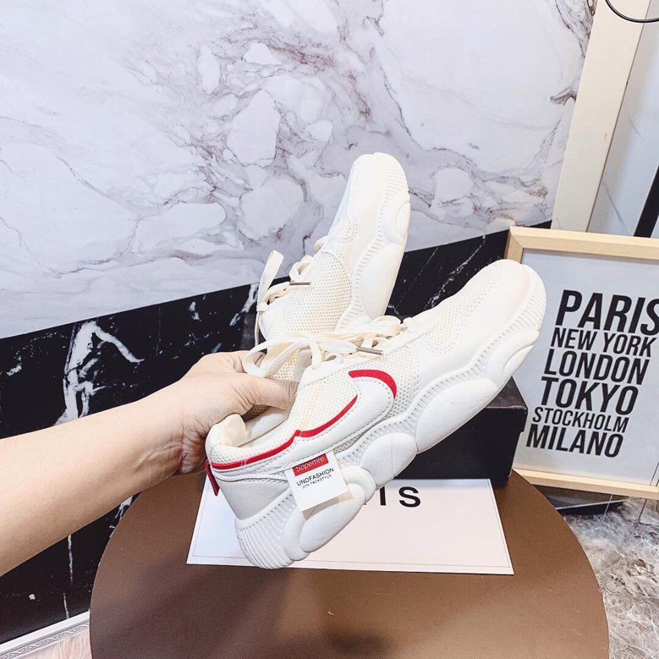 Giày sneaker đế gấu thời trang