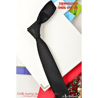 Cà Vạt Nam Bản Nhỏ 5Cm - Đen Huyền Bí thumbnail