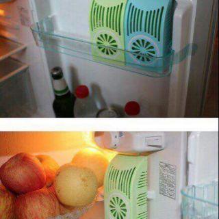 Khử mùi tủ lạnh về ngập nhà Dùng dc vài tháng nên các chế cứ yên tâm . Tủ lạnh không còn mùi khó chịu nữa giúp ăn ngon..