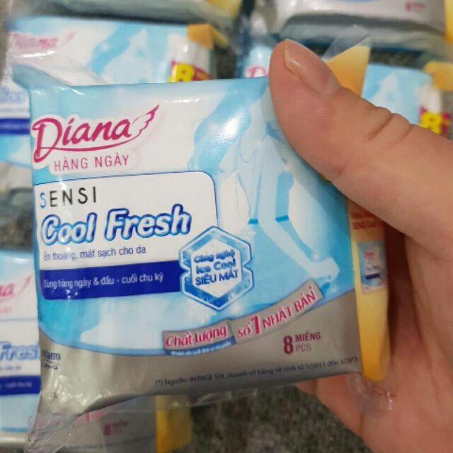 Lốc 12 gói Băng vệ sinh Diana sensi cool fresh 8 m