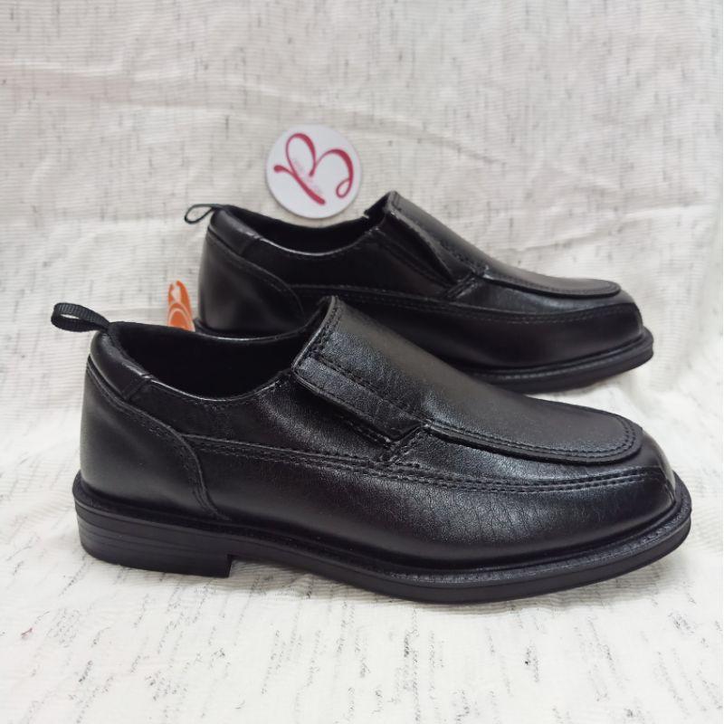 Giày tây cho bé
