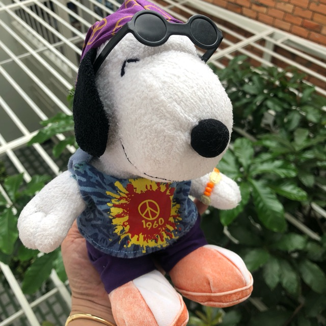Gấu bông Chó Snoopy