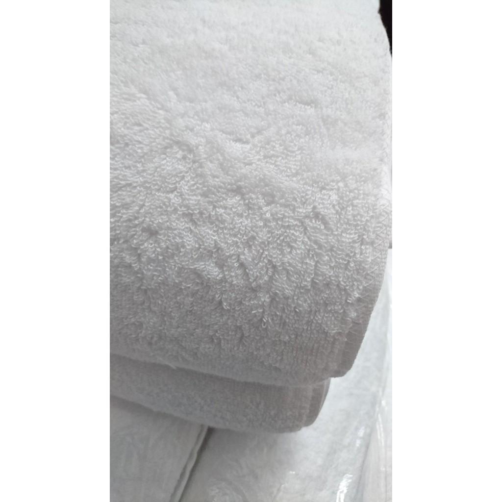 Khăn tắm cotton 65x130cm 320gram màu trắng mềm mịn thấm hút cực tốt