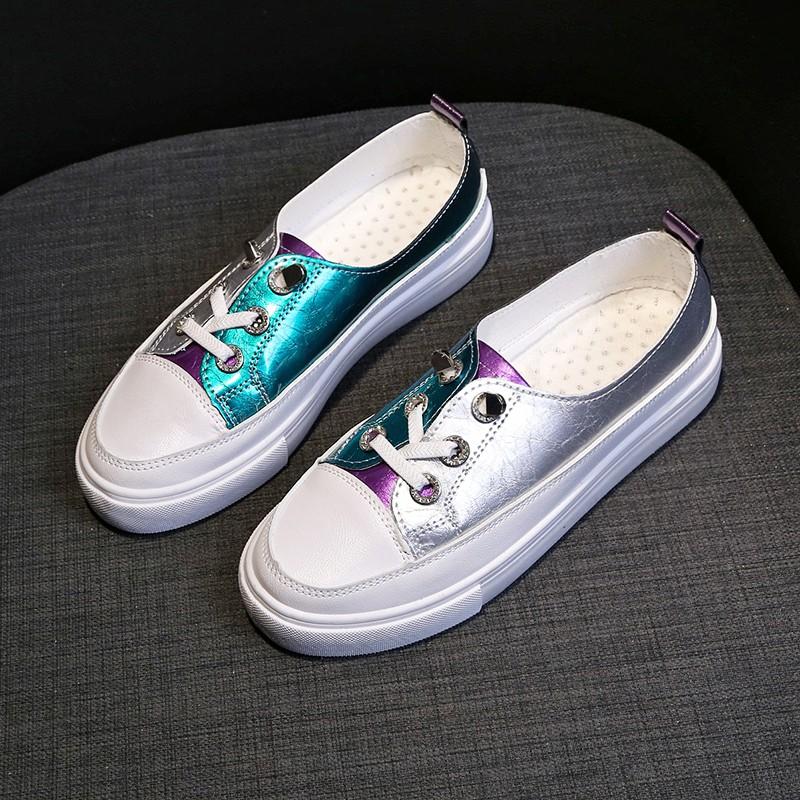 คัดสรรรองเท้าสีขาวพื้นฐานหญิงฤดูใบไม้ร่วงใหม่รองเท้ากระดานป่า