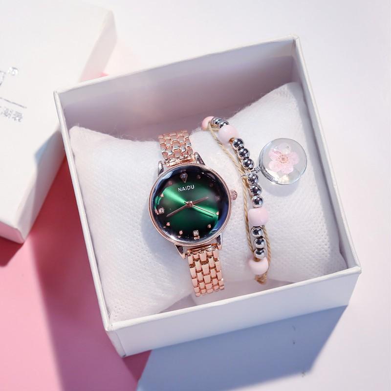 đồng hồ nữ dây da thiết kế sang trọng