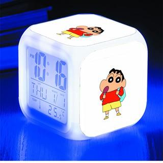 Đồng hồ báo thức để bàn in hình SHIN CẬU BÉ BÚT CHÌ anime chibi LED đổi màu
