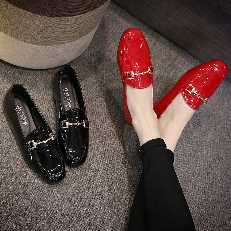 giày oxford ∏❁2019 Spring and summer new bean shoes women flat bottom social lacquer leather hundred scoop lazy Korea